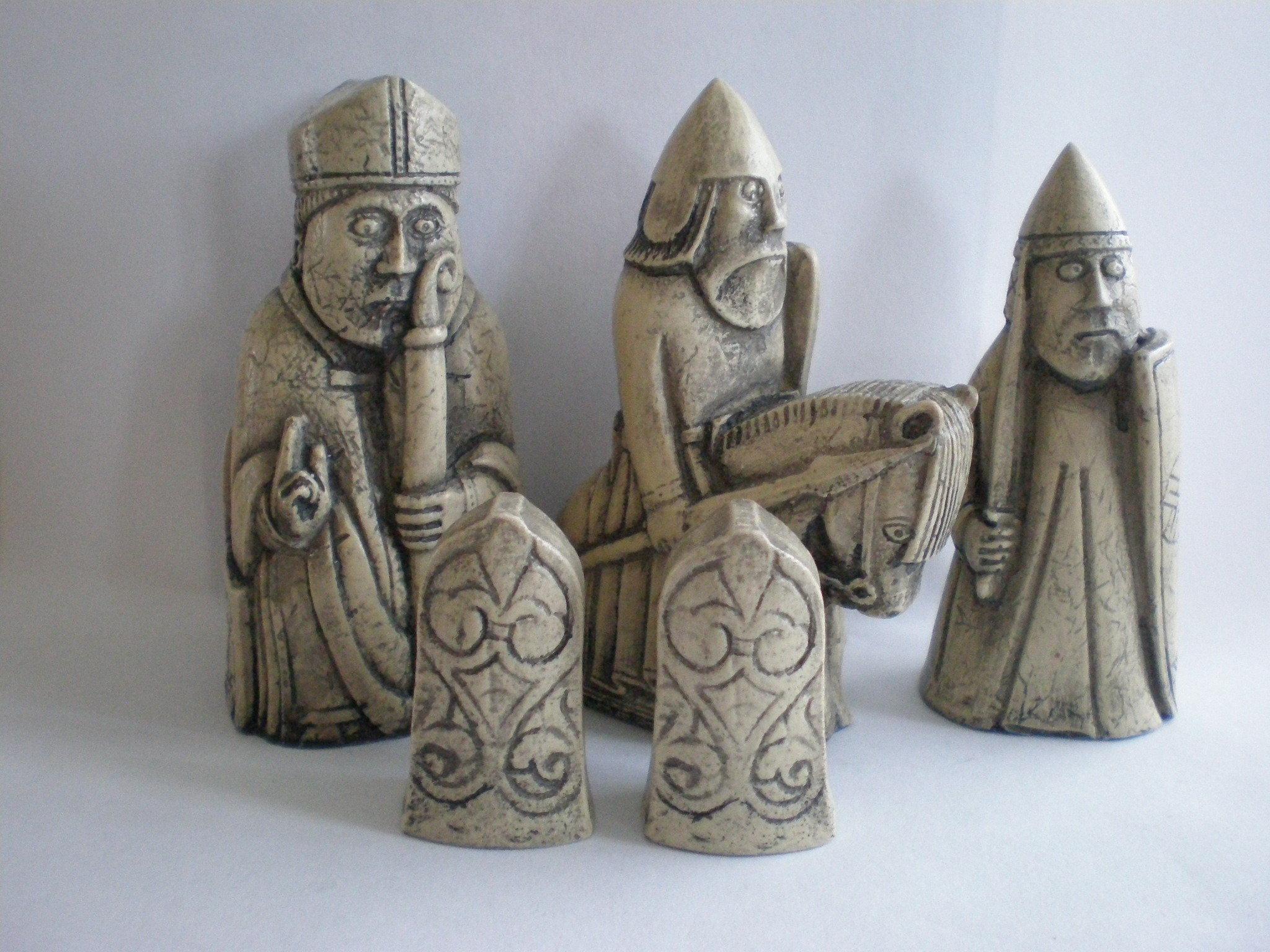 Chess sets - Lewis chessmen set ...
